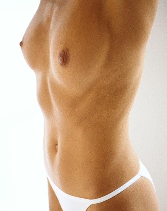 LIFTING DES SEINS Implants ou Uplift Ocean Clinic Marbella Espagne
