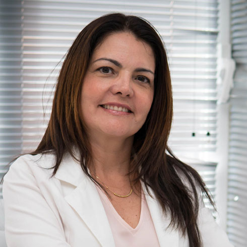 General Practitioner with Master in Aesthetic Medicine Dr Maria Aranda | Ocean Clinic