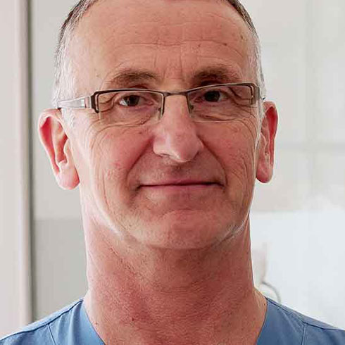 Anaesthesia Consultant Dr Jose Seminario | Ocean Clinic