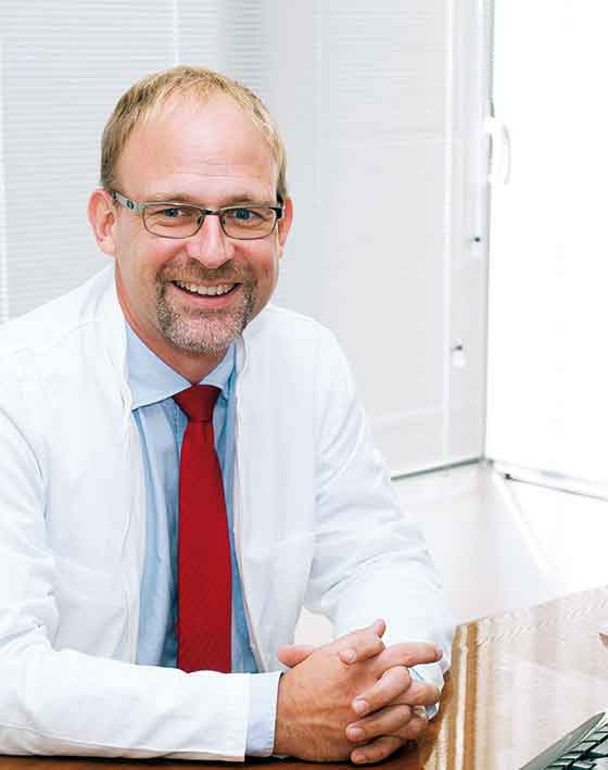 Gastroenterologist Dr Michael Peters Specialist for Venous Diseases Ocean Clinic Marbella