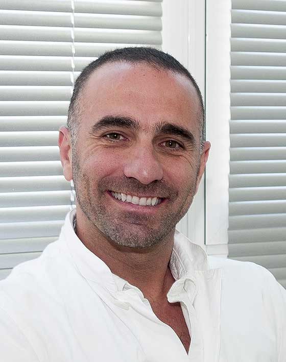 Antonio Juliá Micropigmentation and Medical Tattooing Ocean Clinic Marbella