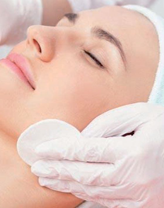 Face Deep Cleanse. Medical Spa Marbella Ocean Clinic